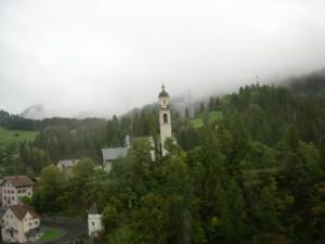 チューリッヒ~サンモリッツ間で見た景色